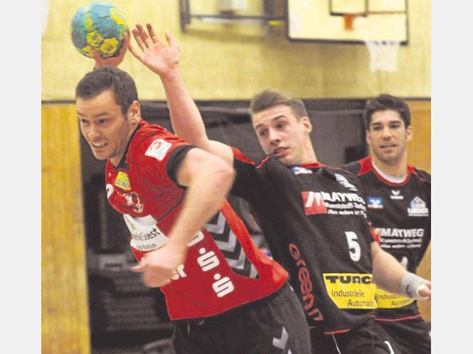 Tobias Rückert, Kapitän des Soester TV, ist zuversichtlich vor dem Start ins Handballjahr und hofft, dass die Mannschaft nun befreit aufspielen wird.
