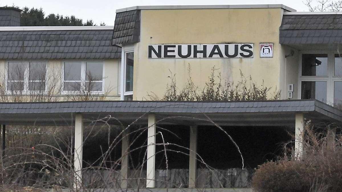 Swingerclub als st rfaktor rat erl sst f r das areal for Neuhaus lampen