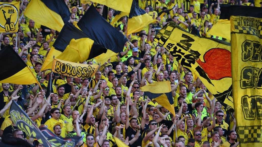 Leere Südtribüne? BVB-Fans boykottieren Montagsspiel
