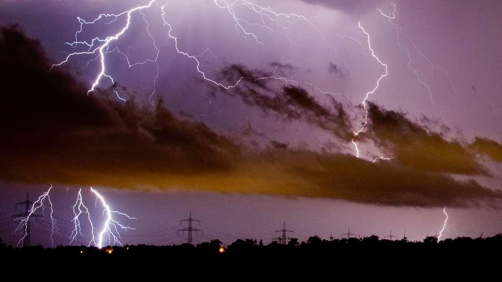 Unwetterwarnung für Hessen! Starkregen, heftige Gewitter und Hagel