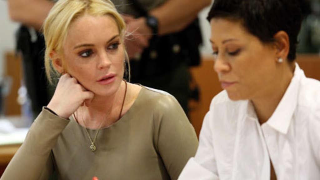 Lindsay lohan oben ohne too seemed