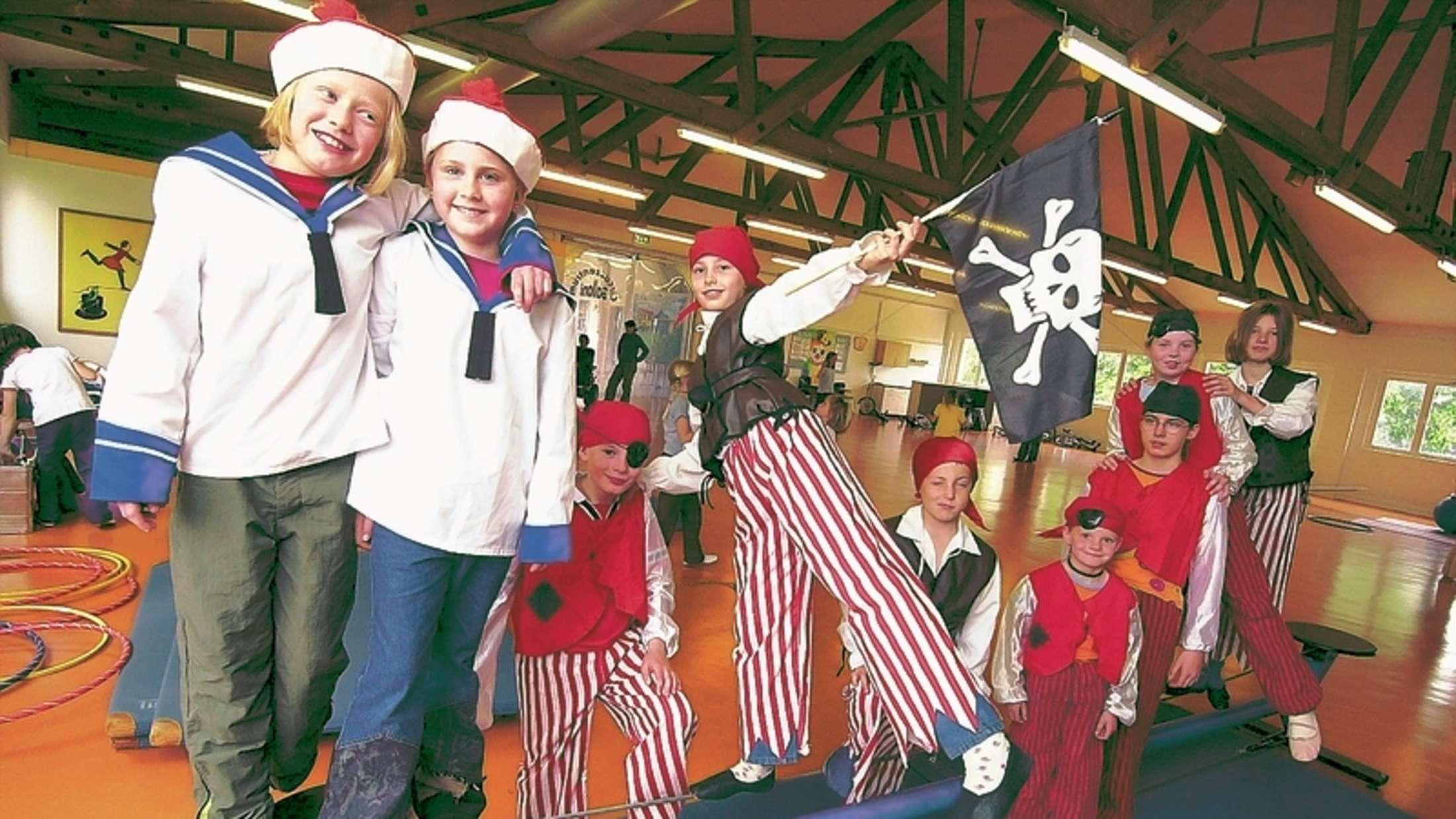 """""""Ahoi! Ein Zirkus geht aufs Schiff"""". Mit diesem Programm stellten sich die Ballon-Kinder gleich zu Beginn im """"Circuszentrum"""" vor. Zum Zehnjährigen gibt es eine Neuauflage. ▪"""