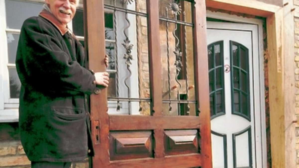 alte post bekommt historischen eingang aus dem fundus von burg vellinghausen lippetal. Black Bedroom Furniture Sets. Home Design Ideas