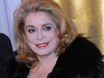 Catherine Deneuve beim Opernball in Dresden