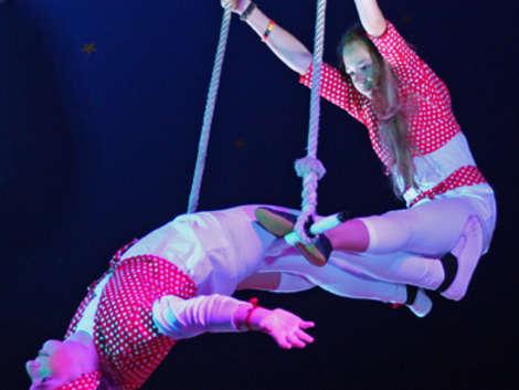 Zirkusfestival an der Stadthalle