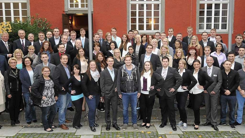 Rote Erde Lippstadt ihk arnsberg zeichnet 85 beste auszubildende aus kreis soest im
