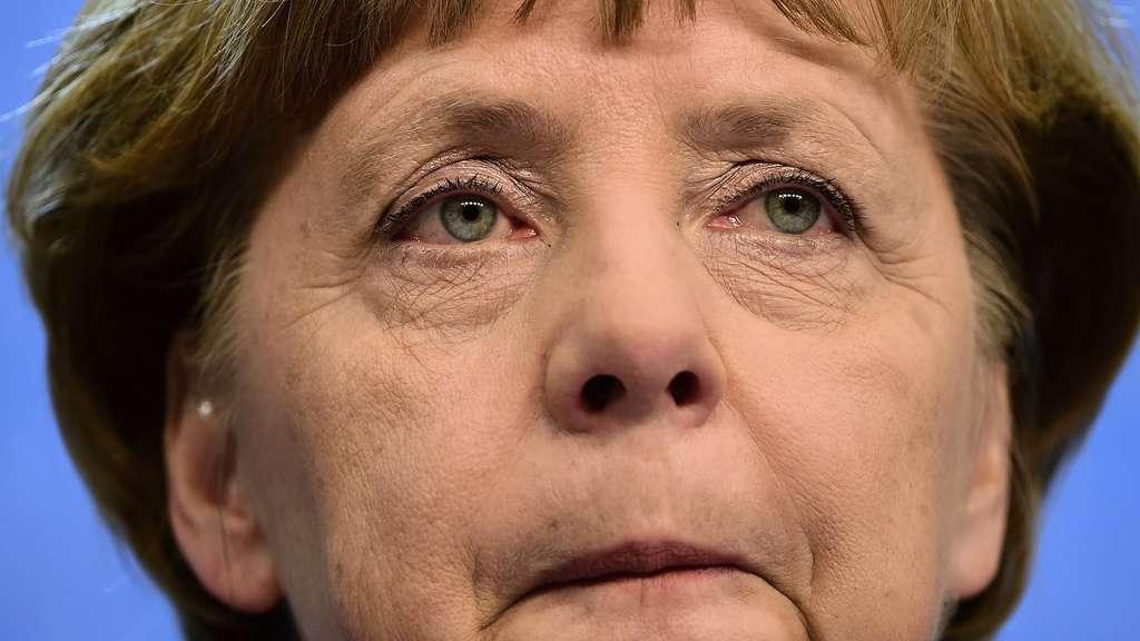Merkel wusste früh von Problem mit No-Spy-Abkommen | Politik