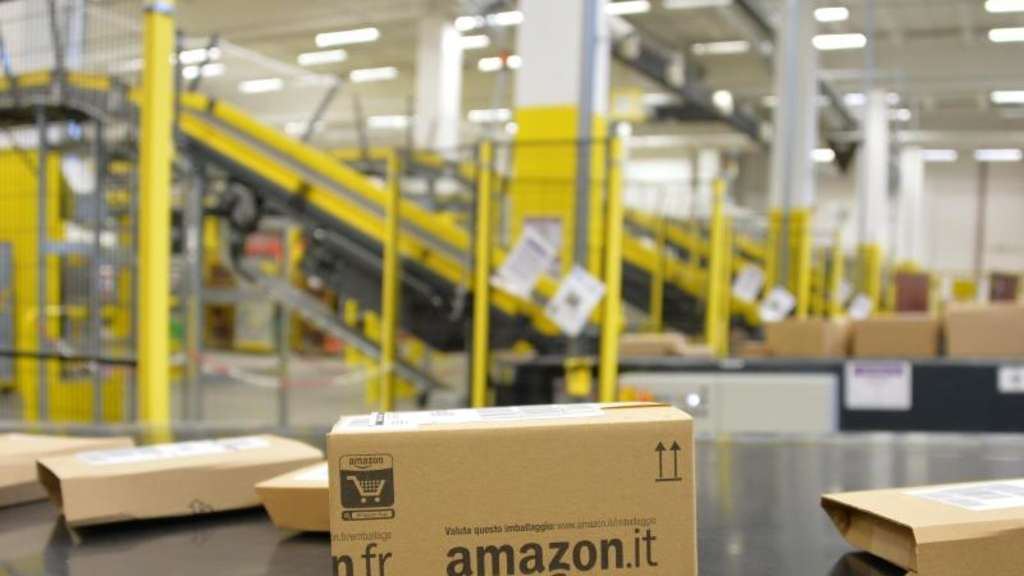 Ein Amazon-Logistikzentrum in Brandenburg. Foto: Bernd Settnik