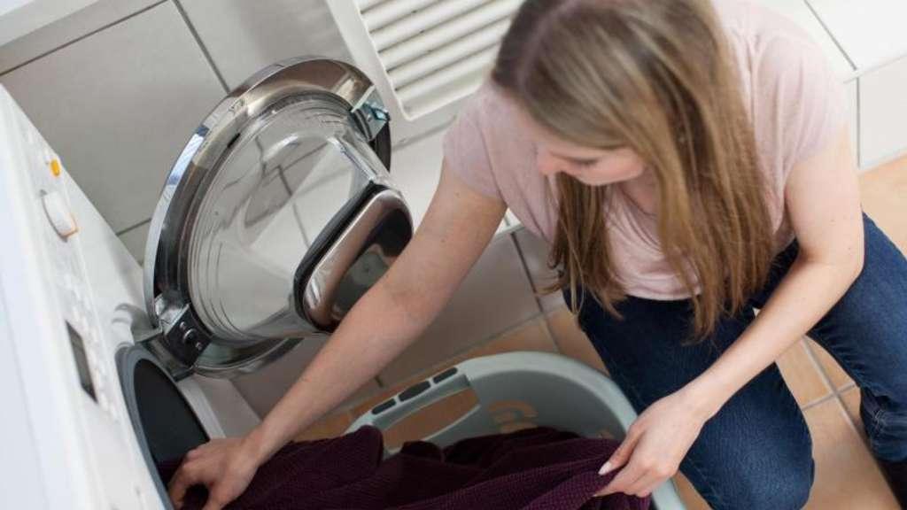 jeans nicht gemeinsam mit blusen waschen wohnen. Black Bedroom Furniture Sets. Home Design Ideas
