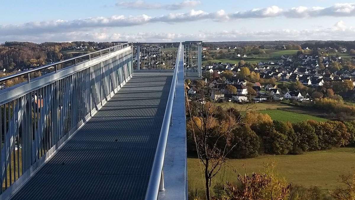 Blick vom Allagener Skywalk ab dem 22. November | Warstein - Soester Anzeiger
