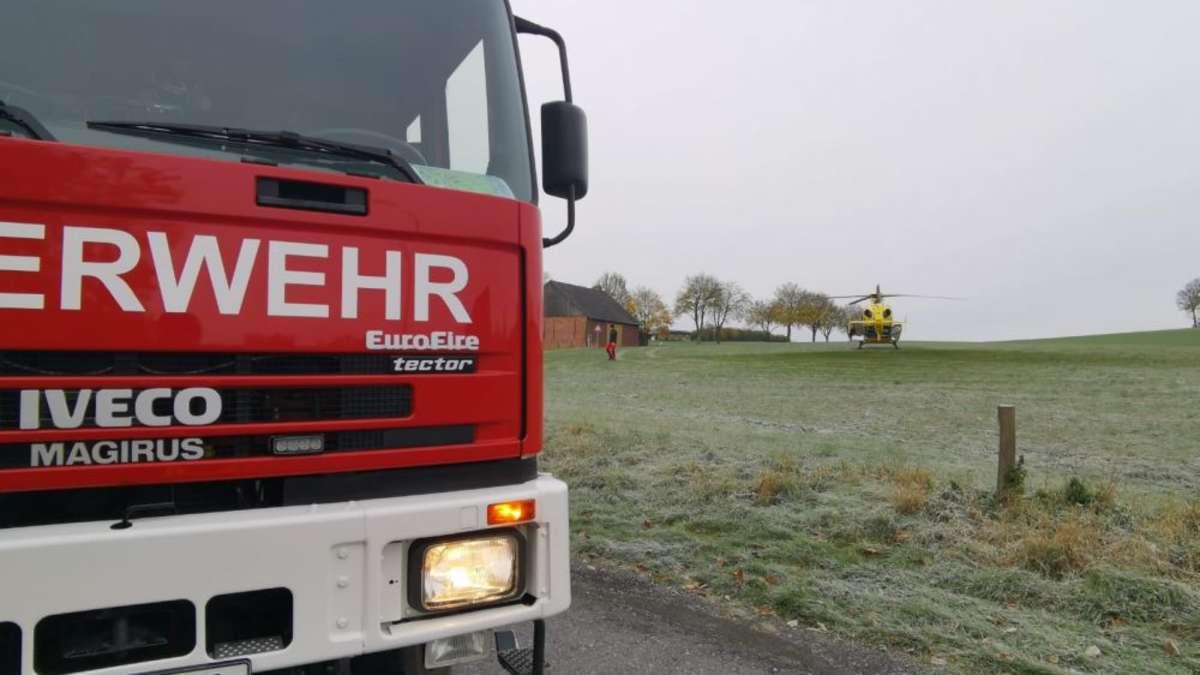 Rettungshubschrauber landet auf Wiese in Warstein | Warstein - soester-anzeiger.de