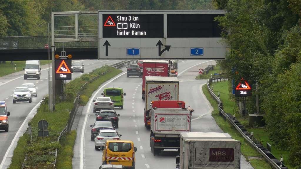 Stau Nrw Autobahn Wdr