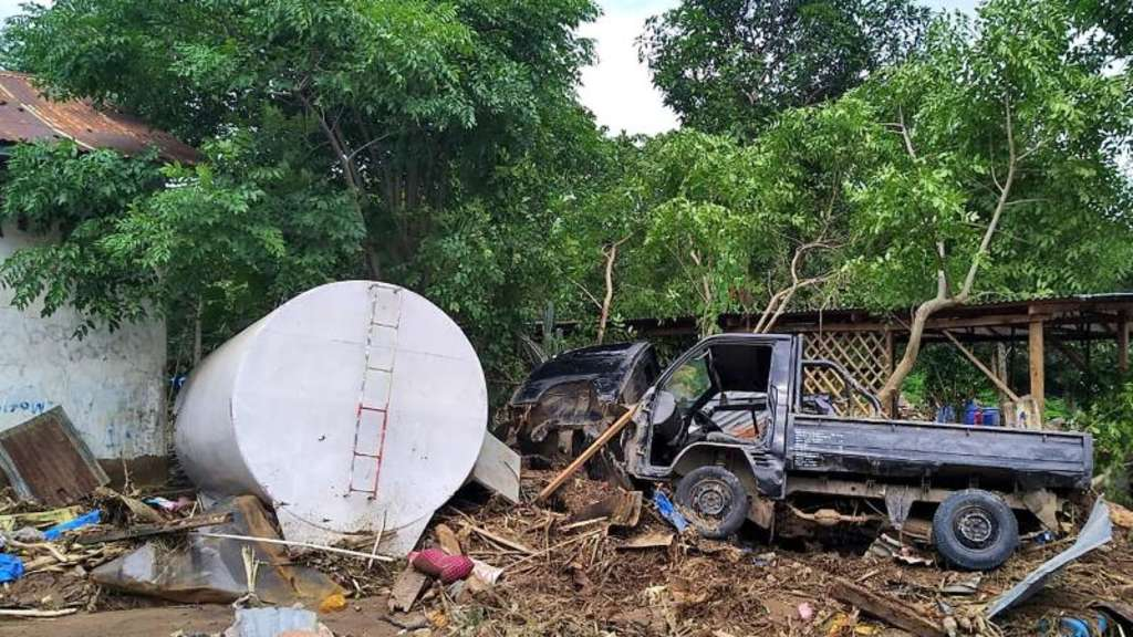 Unwetter in Indonesien