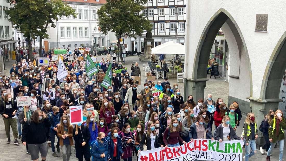 Etwa 1000 Menschen beteiligten sich in Soest am Klimastreik.