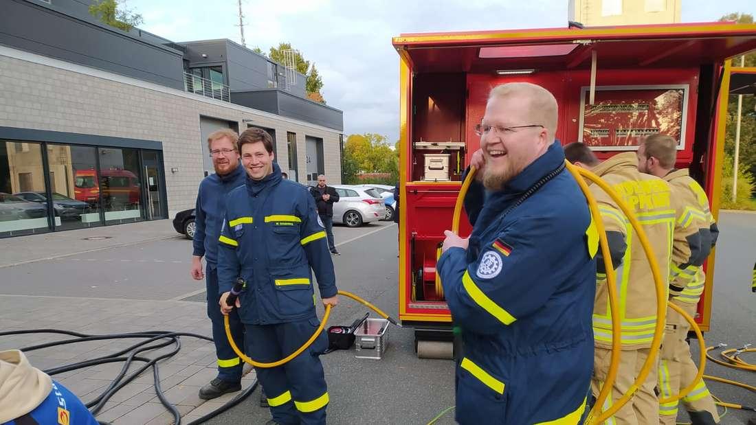 THW und Feuerwehr arbeiteten Hand in Hand.